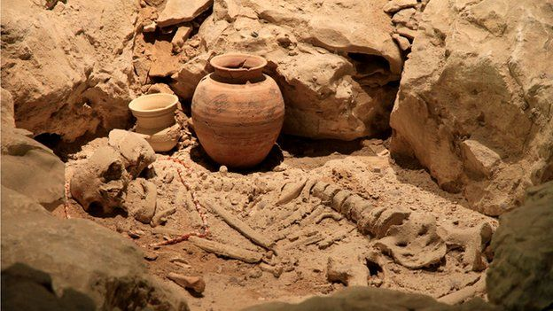 Grave from Dilmun period in Bahrain National Museum