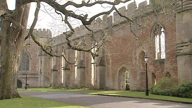 Bishop's Palace Wells