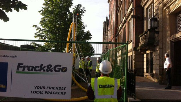 The drilling rig outside the headquarters of Lancashire County Council in Preston