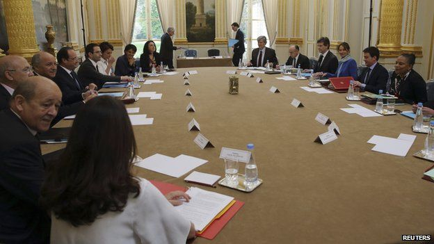 French cabinet meeting, 4 Apr 14