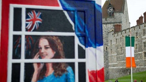 The Irish flag is displayed on the roads next to Windsor Castle