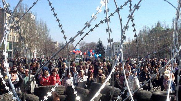 Barricades in Donetsk, Ukraine. 8 April 2014