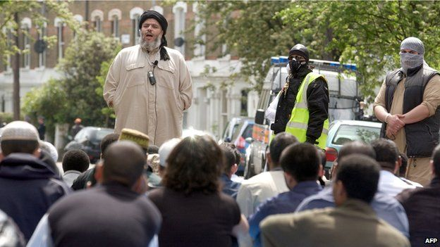 Abu Hamza outside Finbury Park mosque