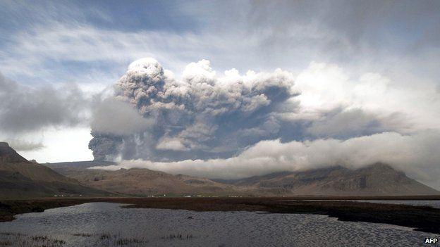 The Eyjafjallajokull volcano spews ash on 5 May 2010, near the town of Hvolsvollur