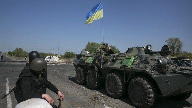 Ukrainian troops outside Sloviansk, 3 May