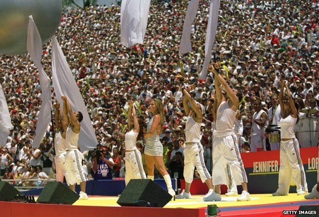 Jennifer Lopez performing at the pre-match ceremony