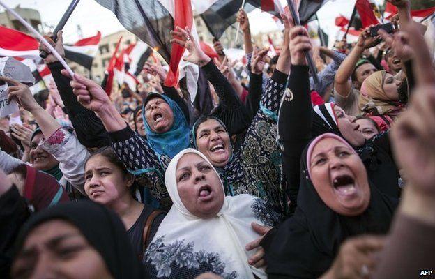 Women celebrate Abdul Fattah al-Sisi's election in Tahrir Square (3 June 2014)