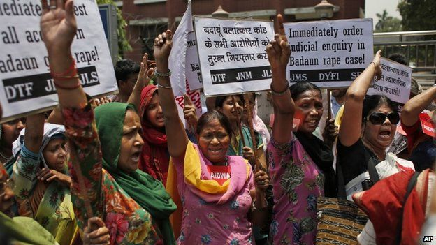 """Members of the All India Democratic Women""""s Association (AIDWA) shout slogans during a protest against the gang rape of two teenage girls, in New Delhi, India, Saturday, May 31, 2014."""