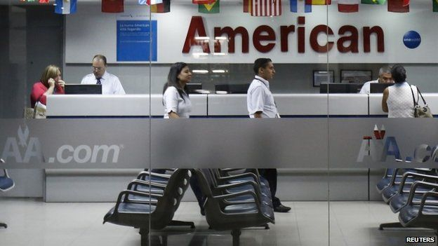 Customers at the American Airlines office in Caracas. 17/06/2014