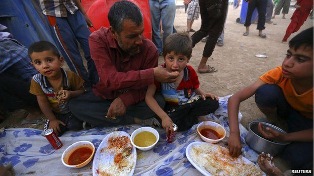 Iraqi refugees at Khazer camp near Irbil