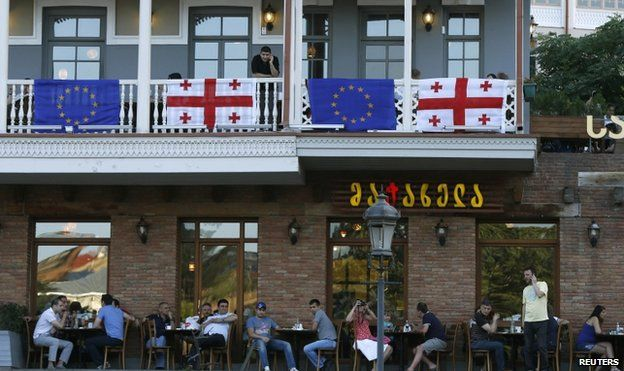 Restaurant in Tbilisi decorated with EU and Georgian flags (27 June)