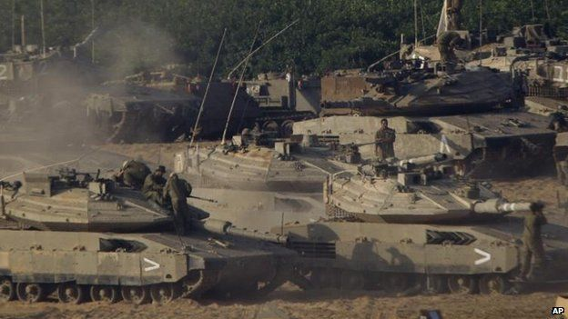 Israeli troops on Gaza border 10 July