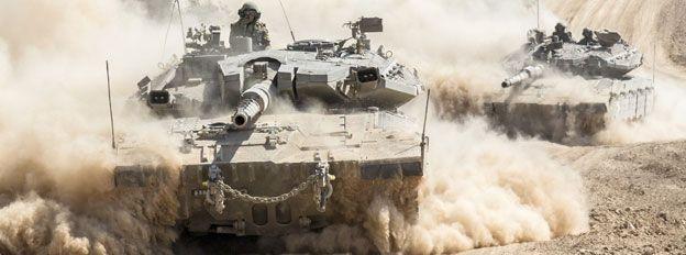 Tanks approach Gaza