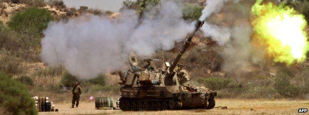 Israeli tanks fire towards Gaza, 27 July 2014