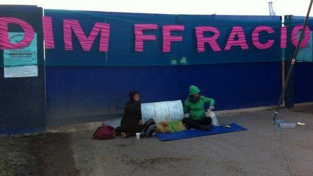 protest dim ffracio