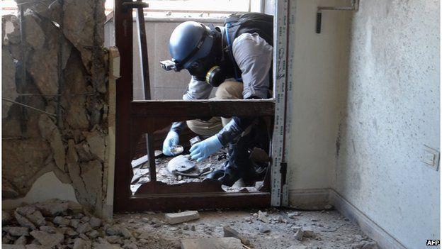 un inspector in ghouta, Damascus 2013 - no specific date