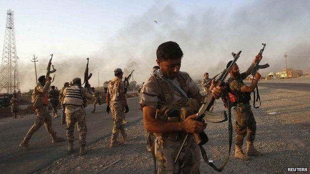 Shia militias celebrate breaking the siege of Amerli - 1 September