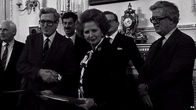 The signing of the Anglo-Irish agreement in 1985