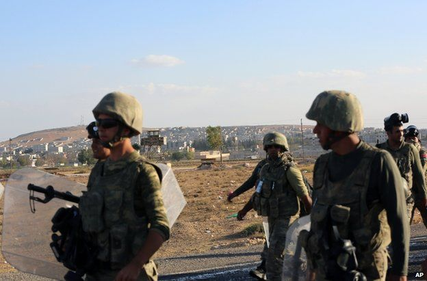 Turkish soldiers on the border near Suric, 26 September