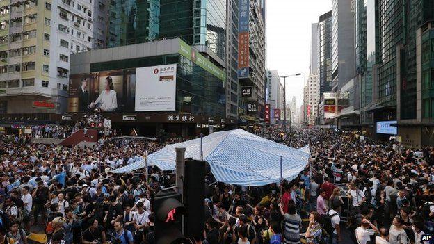 Scene of clashes in Mong Kok - 3 October