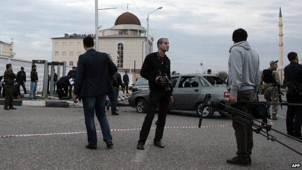 A cordon is set up at the site of the suicide attack in Grozny. Photo: 5 October 2014