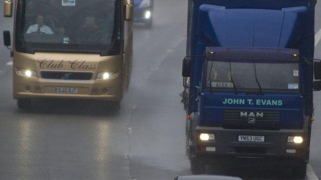 M4 traffic on monday