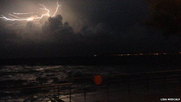 Storm dros Fae Abertawe