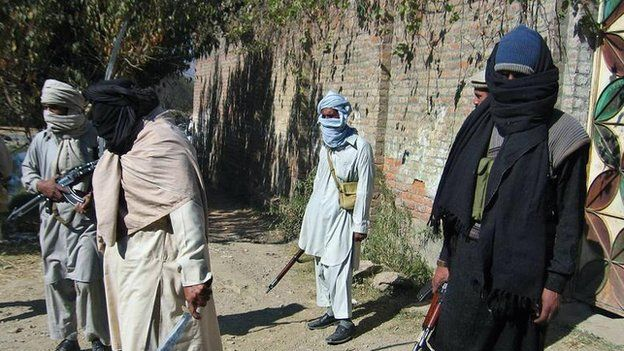 Armed militant supporters of Maulana Fazlullah, Swat, Pakistan. 2007