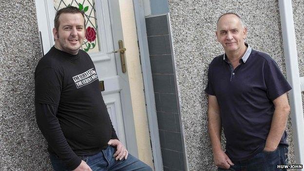 Ryan Davies a Dave Starling