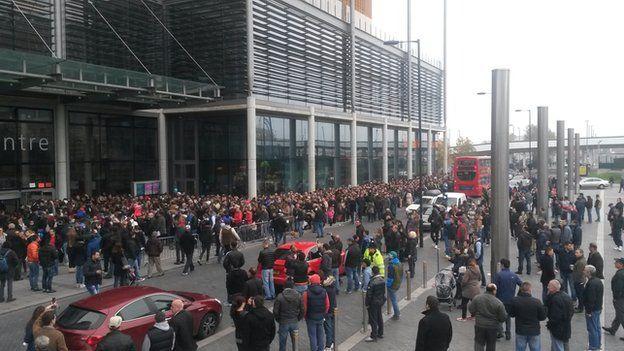 Romanians queue at Wembley