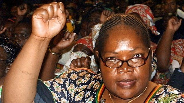 Joice Mujuru (2 December 2004)