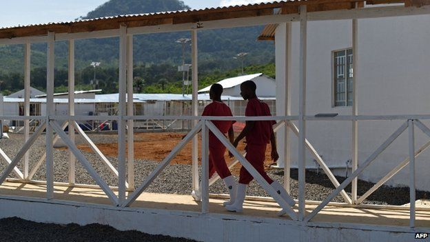 Health workers at the Kerry Town treatment centre, on the outskirts of Freetown (13 November 2014)