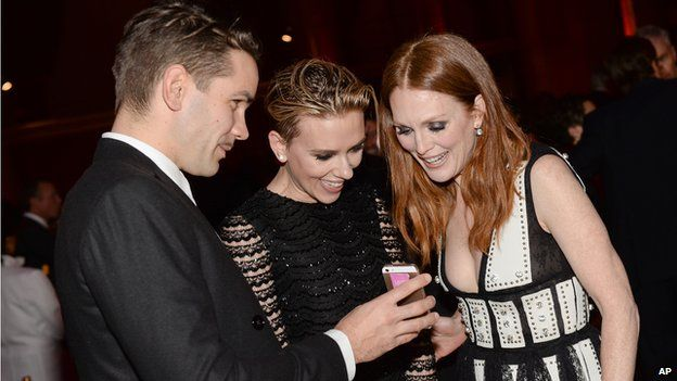Julianne Moore with Romain Dauriac and Scarlett Johansson at the Gotham Independent Film Awards
