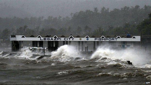 Waves batter coast at Legazpi. 7 Dec 2014