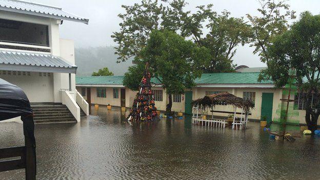 Evacuation centre in Legazpi (8 Dec 2014)