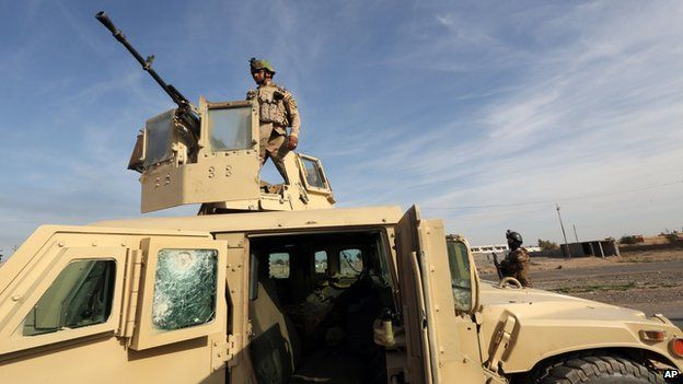 Iraqi security forces near Tikrit on 8 December 2014