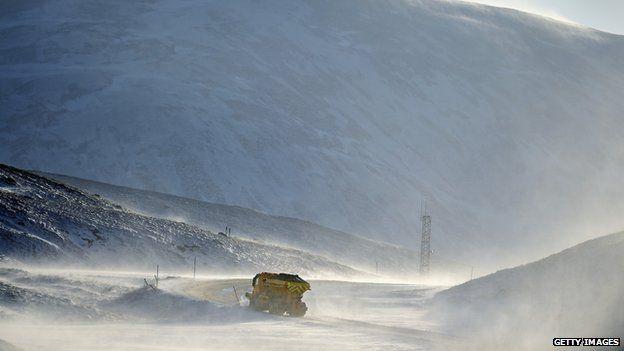 Snowplough on Braemar to Glenshee road