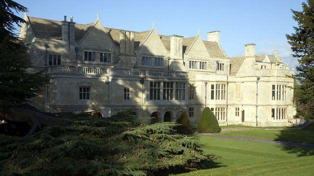 Apethorpe Hall Sold To French Baron After 8m English Heritage Restoration Bbc News