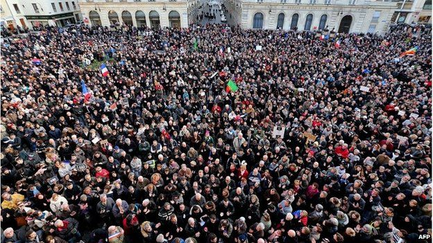 Crowds take part in a unity rally in Reims, 11 January 2015