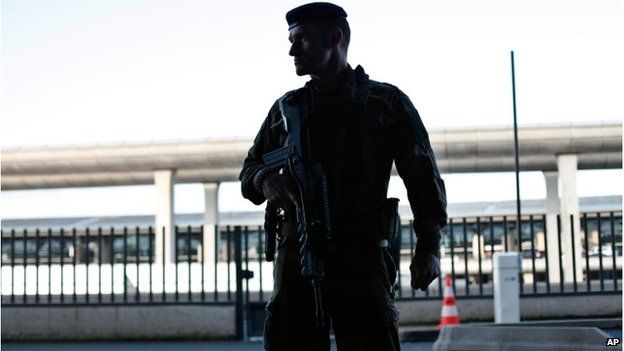 French soldier at Charles de Gaulle airport, 17 January 2015