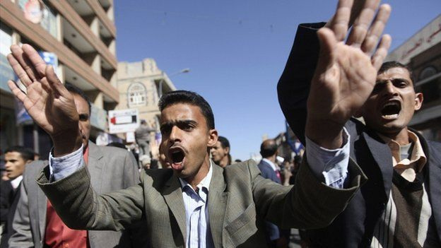Anti-Houthi protesters in Sanaa 24/01/2015