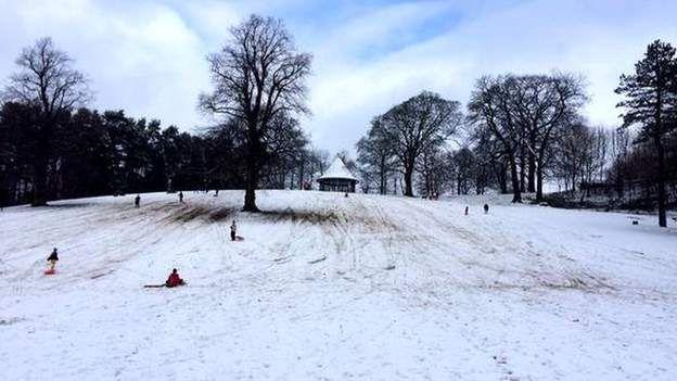 Snow in Leek