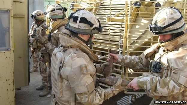 Soldiers from the 1 Yorks Battlegroup during a operation in 2007
