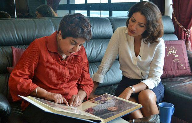 Manjit Kaur shows her photo album