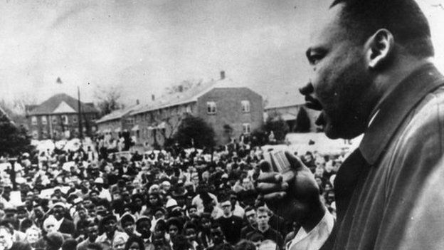 Martin Luther King makes a speech to civil rights activists - 1963