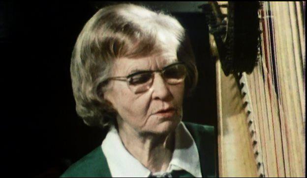 Telynores Maldwyn, Nansi Richards yn ei helfen yn 1974