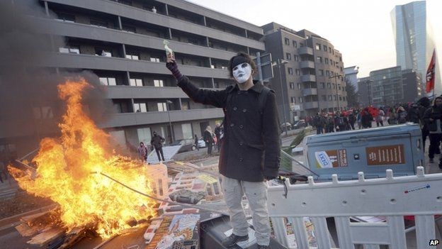 Protester in Frankfurt (18 March)