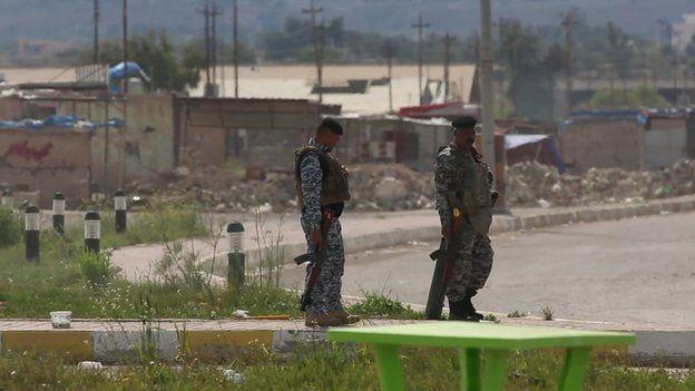 Road to Tikrit