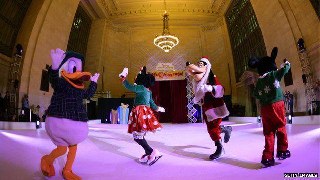 Disney on ice team