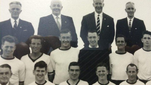 Jimmy Hasty in Dundalk team photo